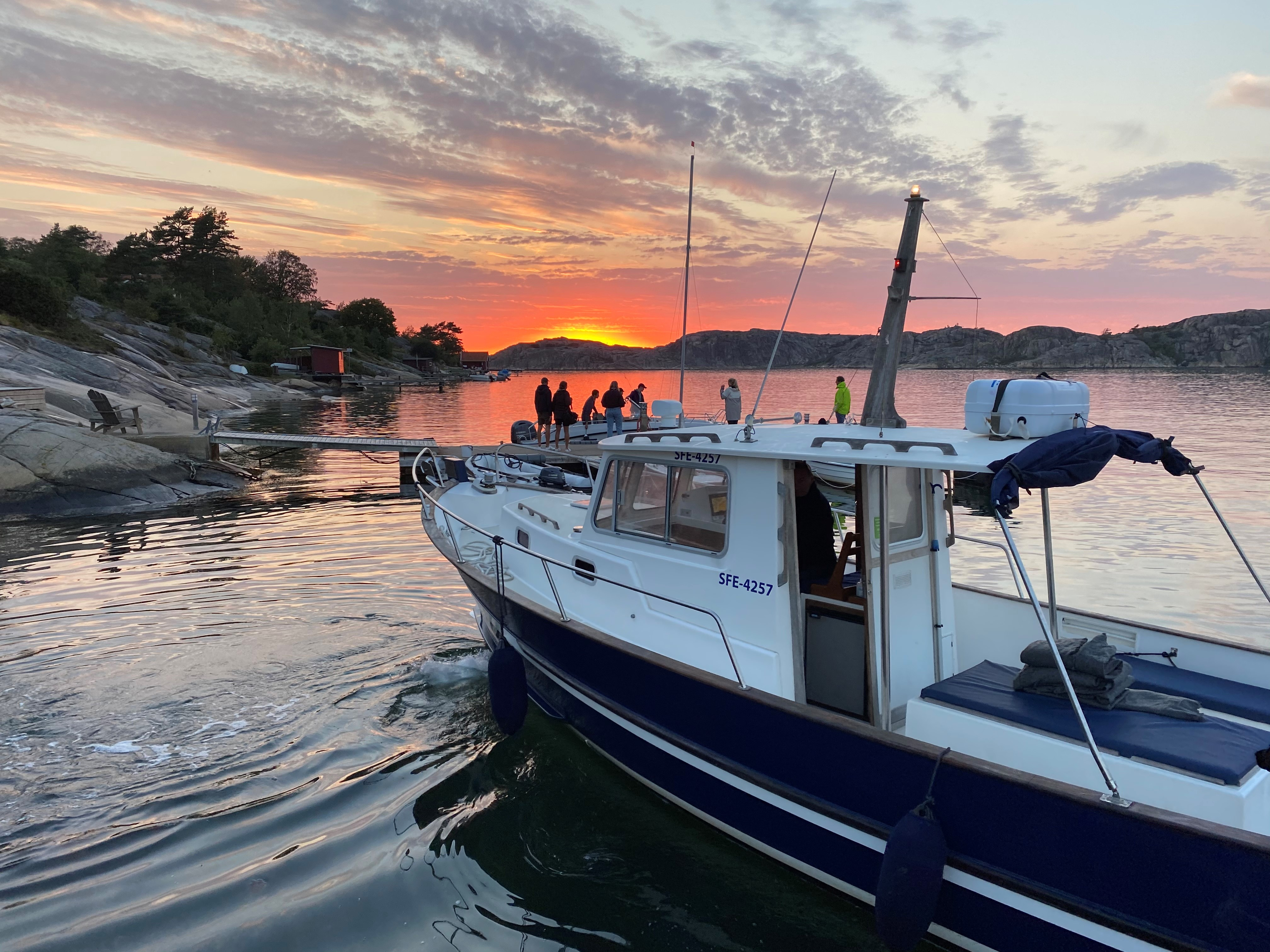 Chartrad båttur i Fjällbacka, båttaxi, krogtaxi